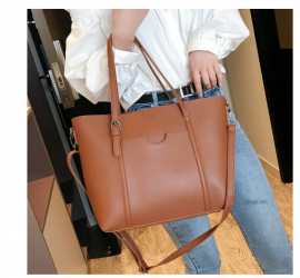 Designer Leather Women Shoulder
